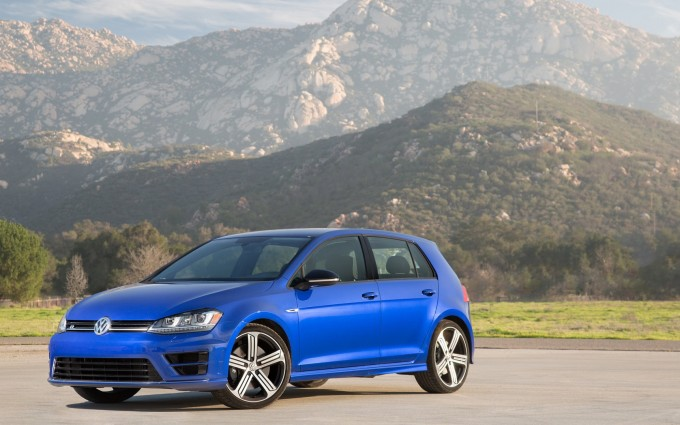 volkswagen golf r blue