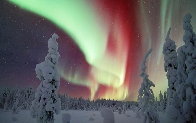 aurora borealis wallpaper beautiful