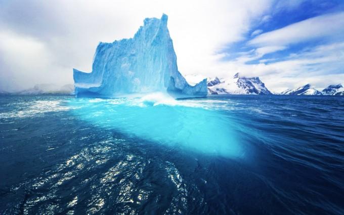 beautiful iceberg wallpaper