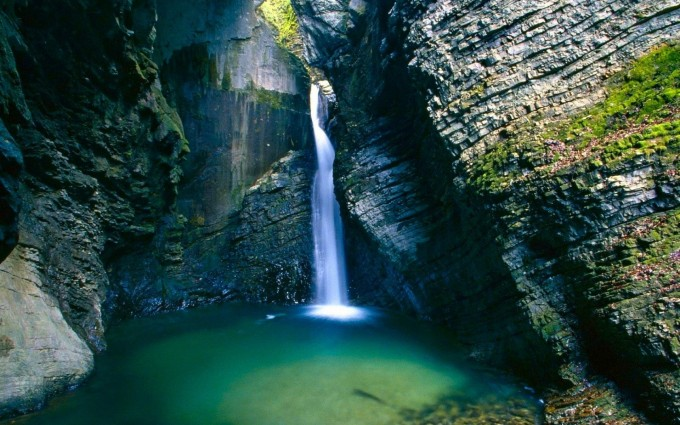 beautiful wallpapers of waterfalls