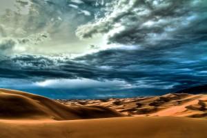 clouds desert