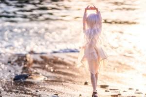 crashing waves doll images