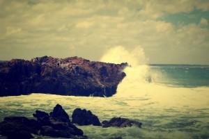 crashing waves ocean