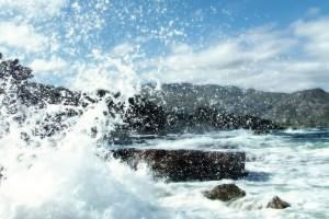 crashing waves wallpapers