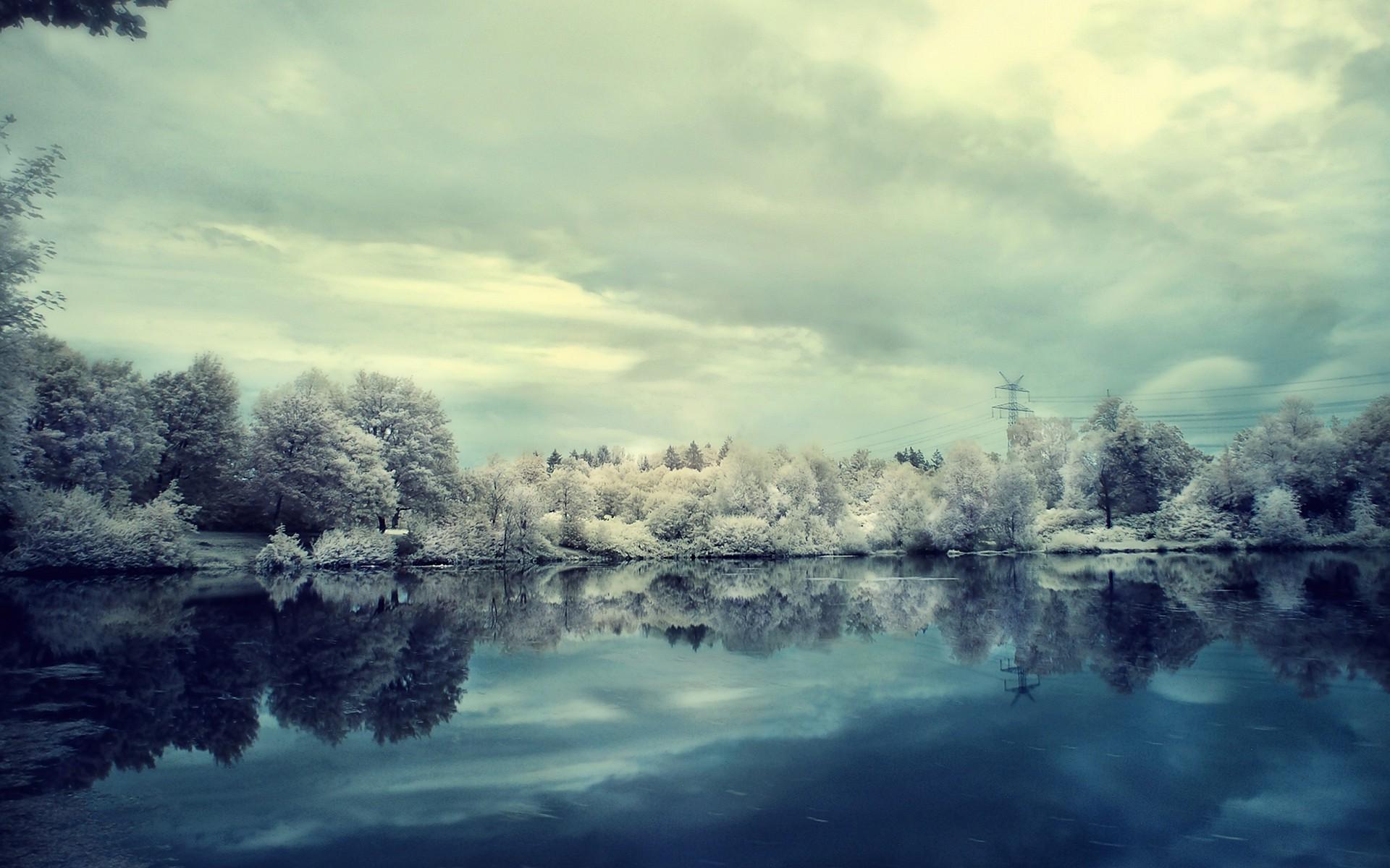 frosty wallpaper download