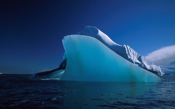 iceberg wallpaper