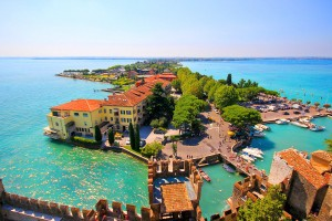 lake wallpaper garda italy