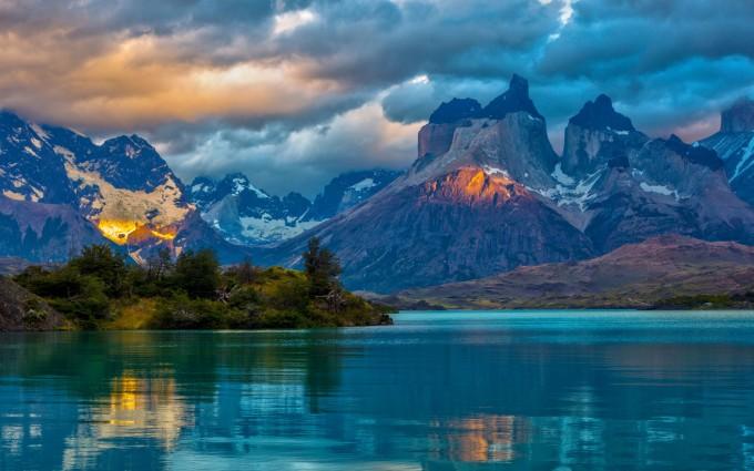 lovely wallpaper mountains