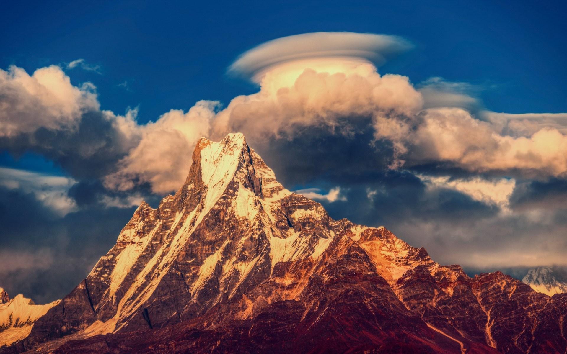 mountain photos nepal