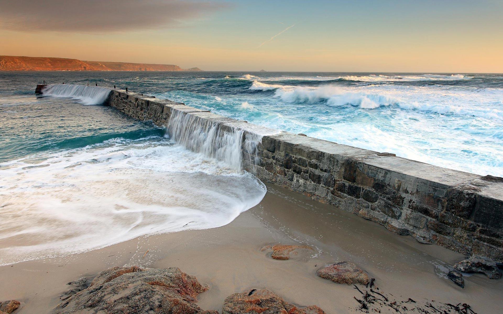 sea wave beautiful
