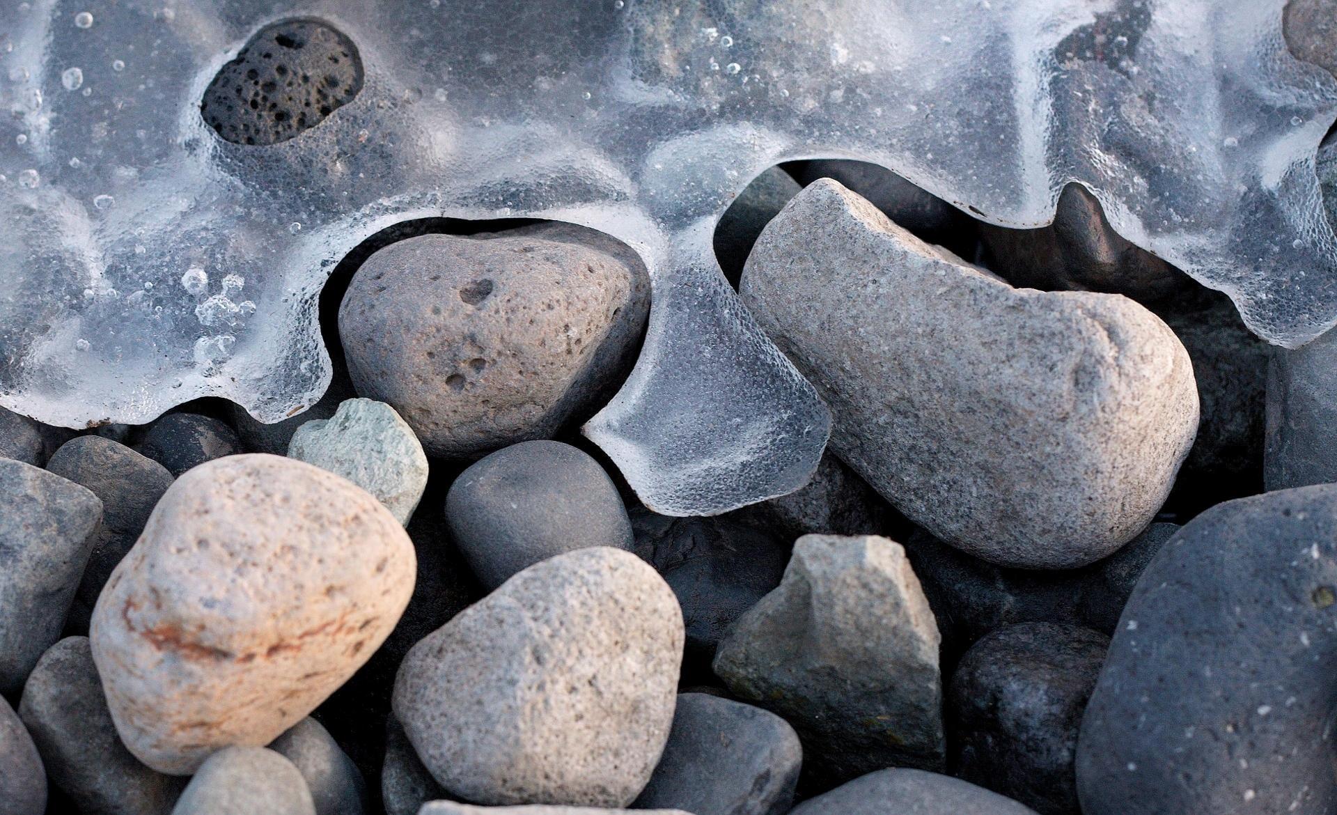 stone wallpaper frozen