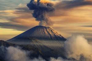volcano wallpaper landscape