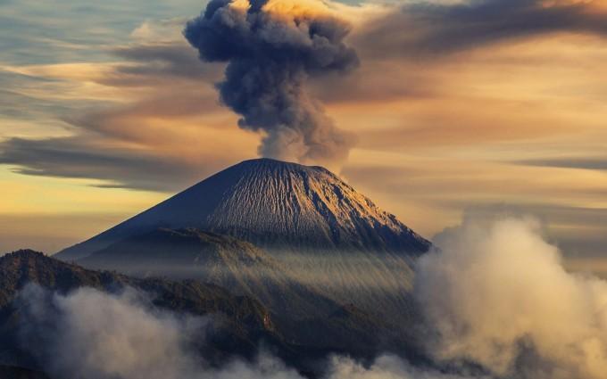 volcano wallpaper landscape