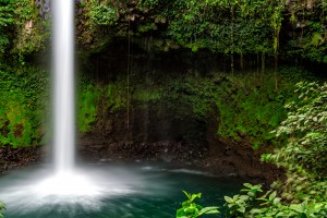 waterfall costa rica wallpaper