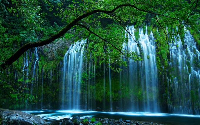 waterfalls pictures amazing