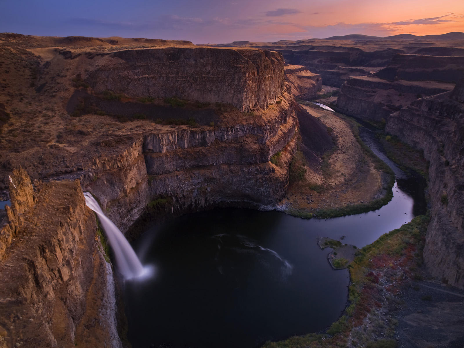 Twilight at Palouse Falls