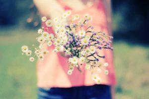 macro flowers girl nature