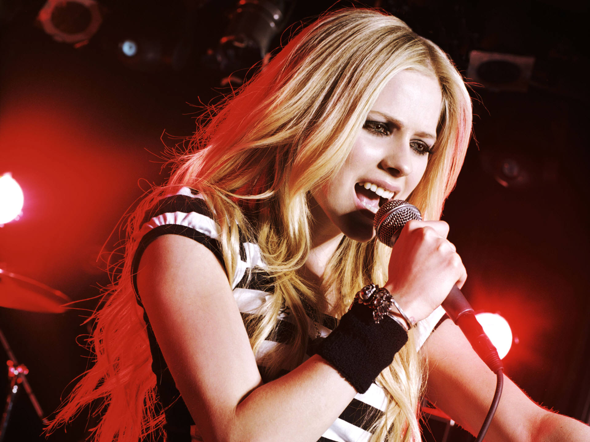 Avril Lavigne Wallpapers A22