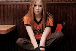 Avril Lavigne Wallpapers orange t shirt cute