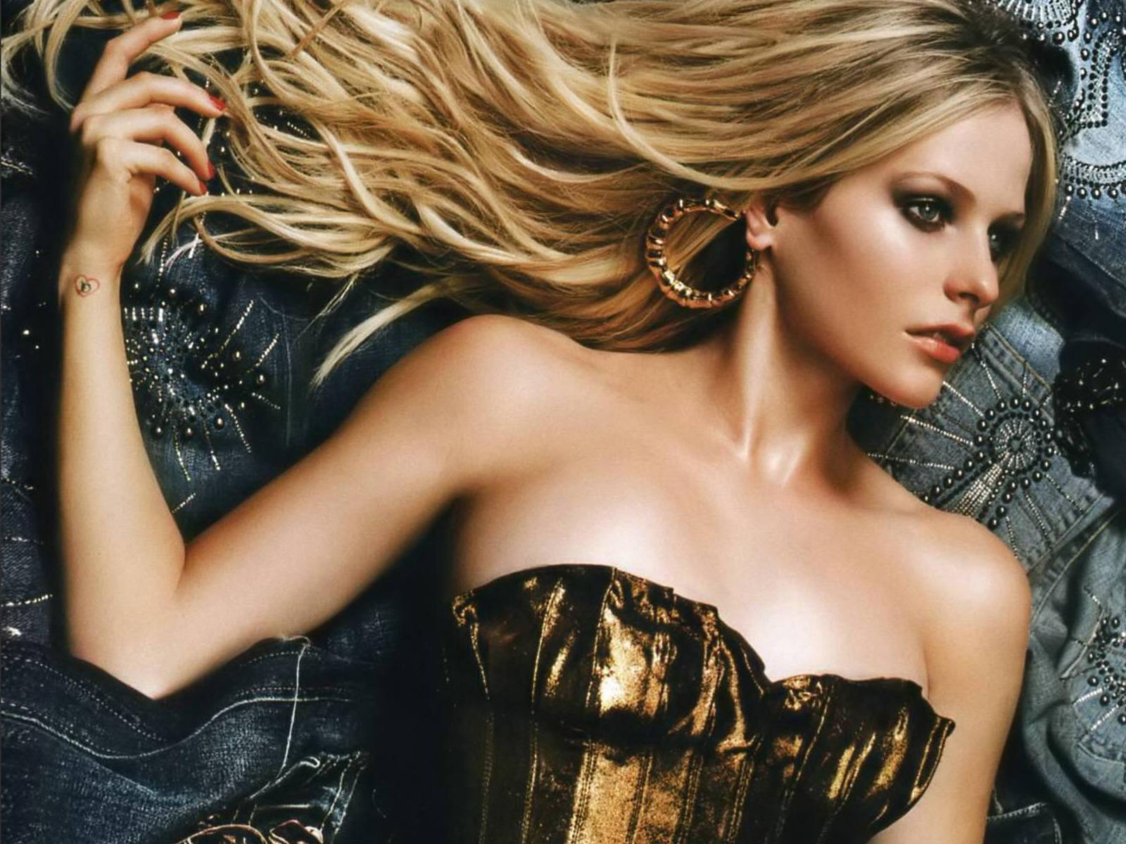 Avril Lavigne Wallpapers fancy