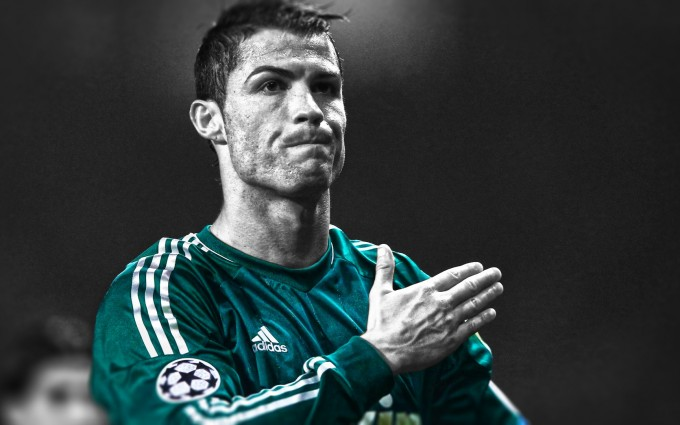 Cristiano Ronaldo Wallpapers HD green shirt