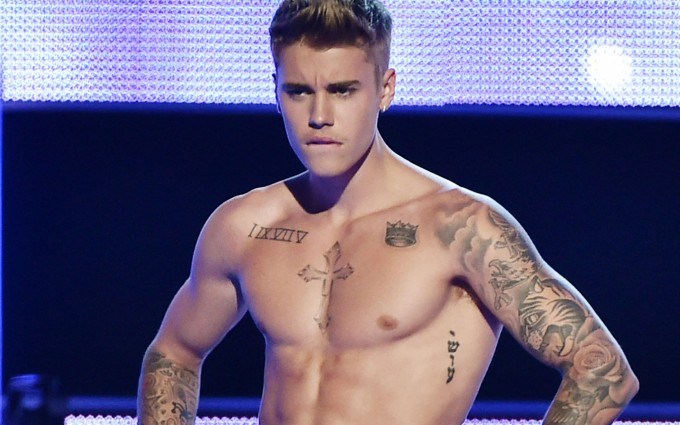 Justin Bieber wallpapers body