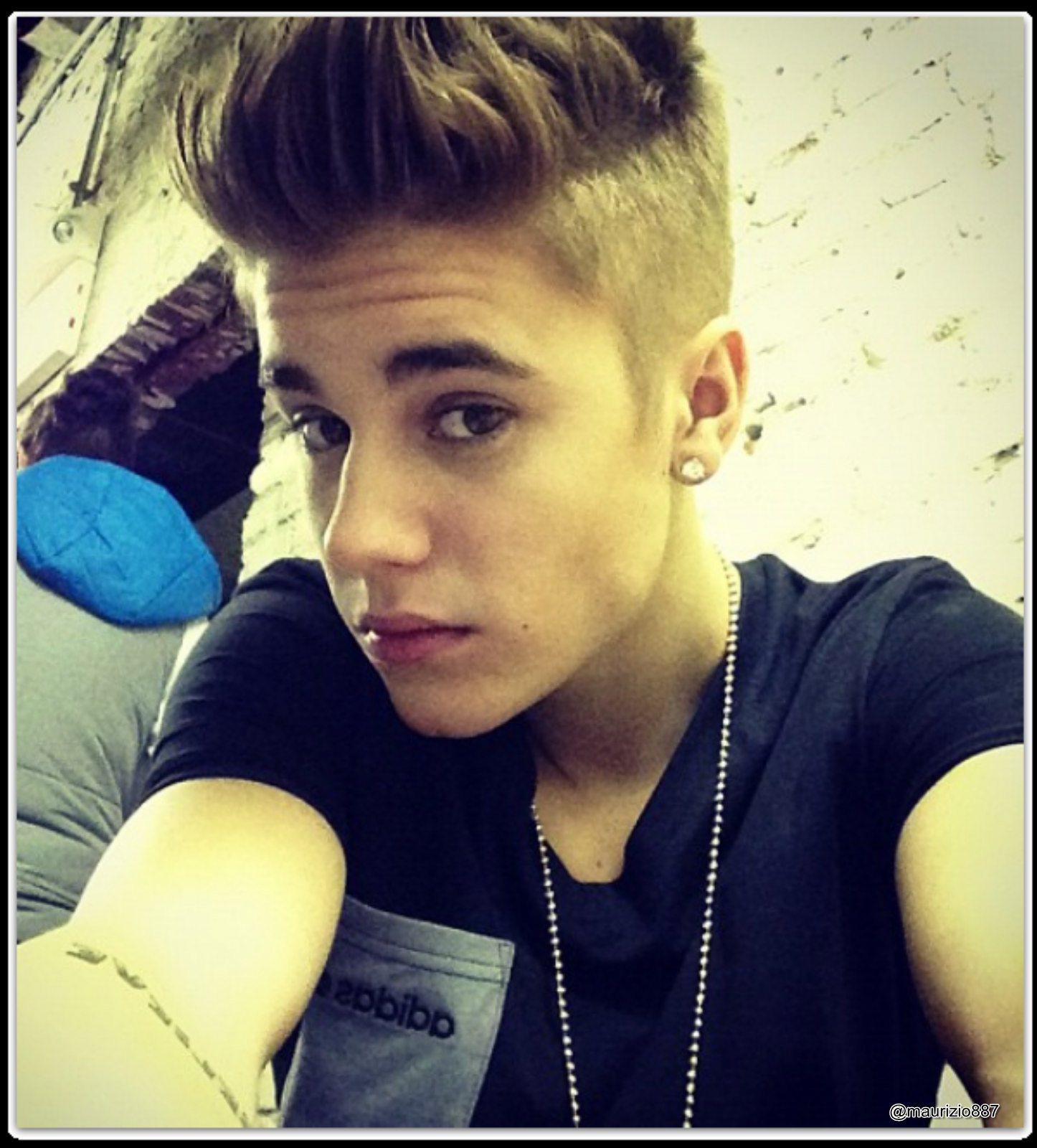 Justin Bieber wallpapers selfie