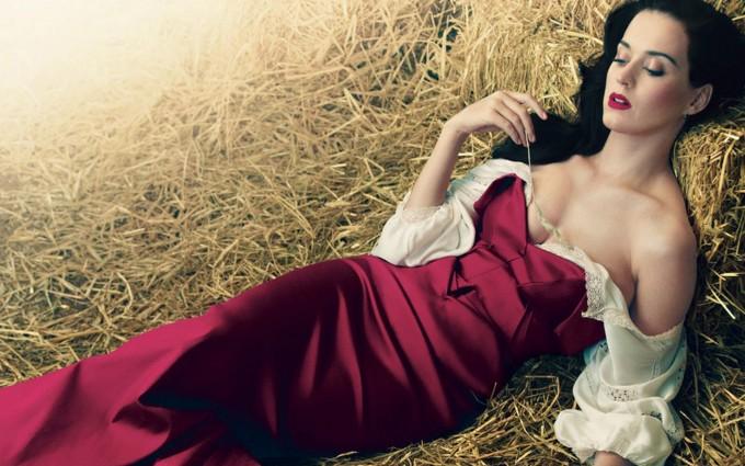 Katy Perry Wallpaper maroon barn