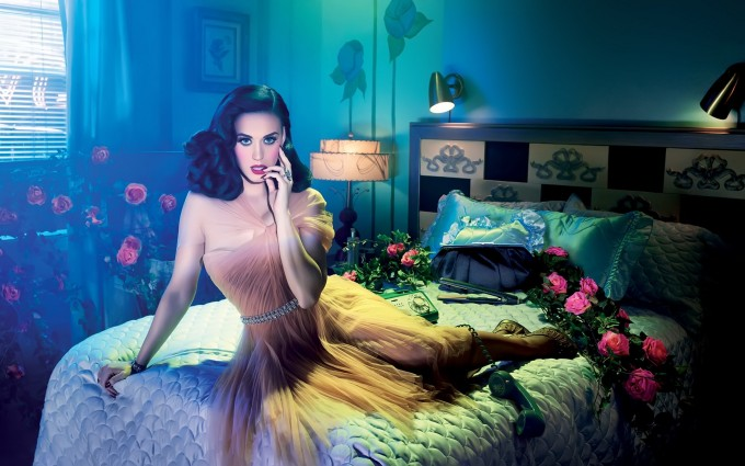 Katy Perry Wallpaper bedroom flowers
