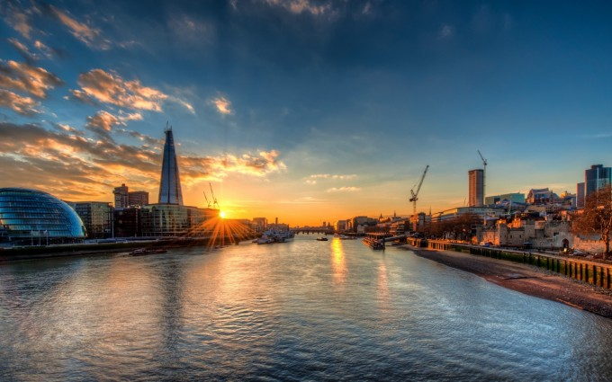 London Wallpapers HD sea