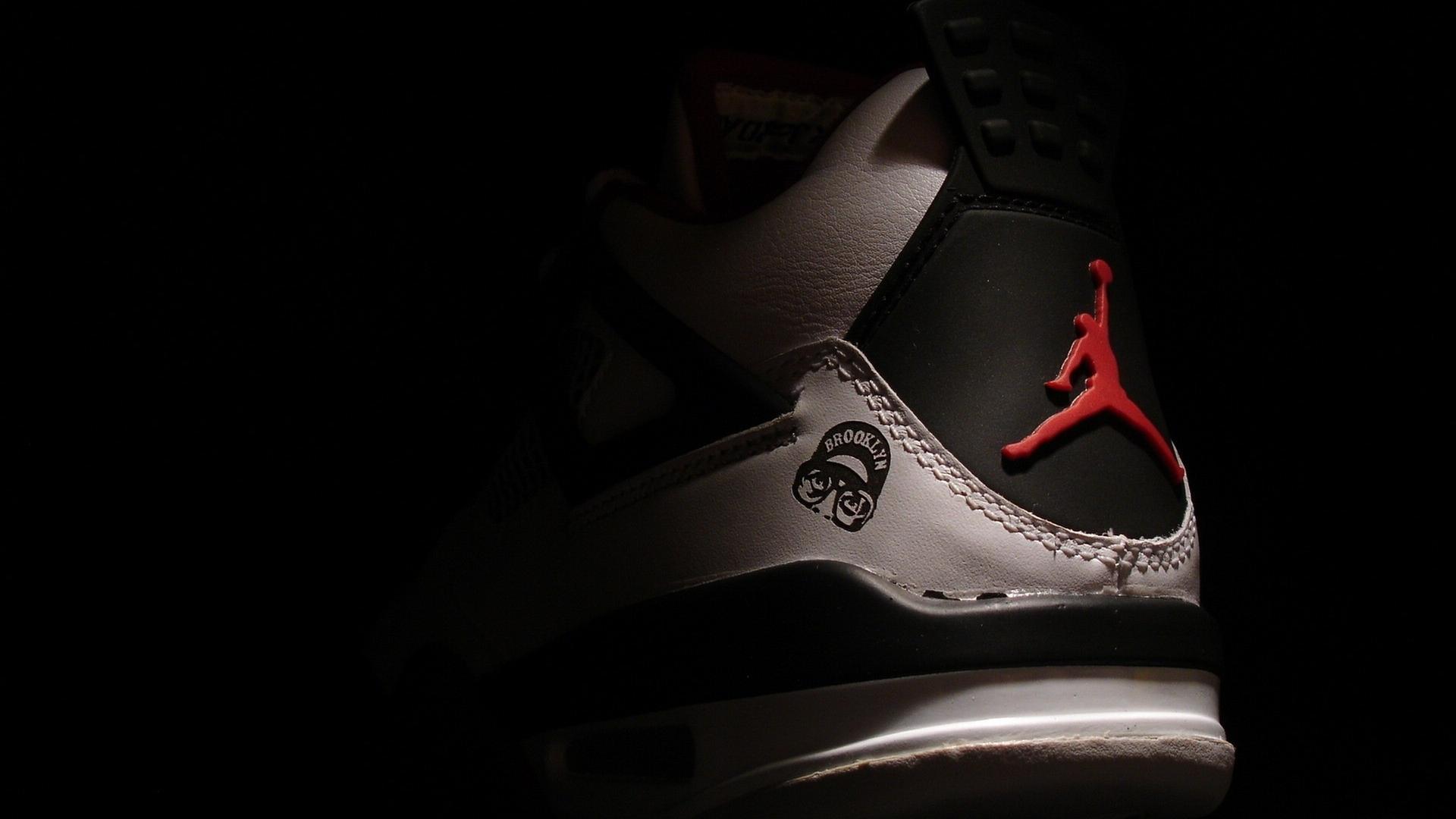 michael jordan wallpaper shoes