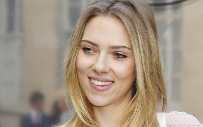 scarlett johansson wallpapers HD cute smile