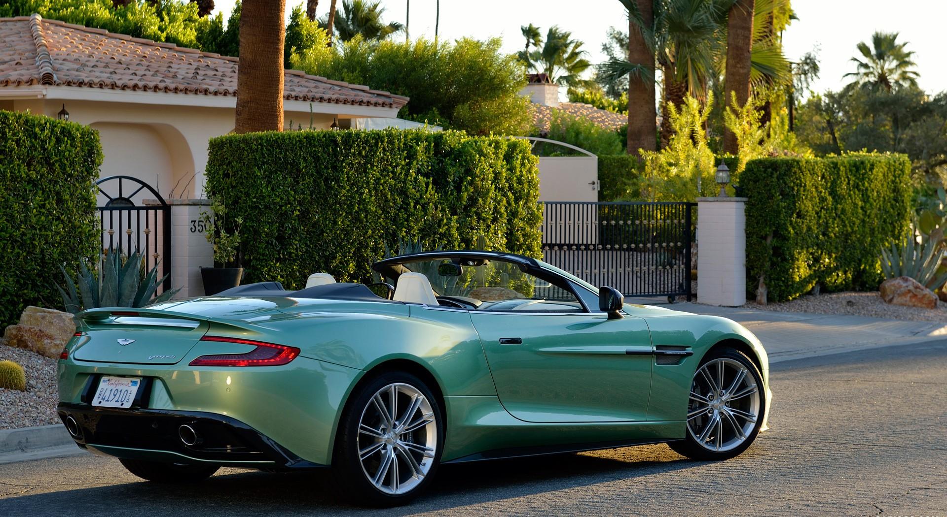 Aston Martin Vanquish Wallpapers Green Hd Hd Desktop Wallpapers 4k Hd