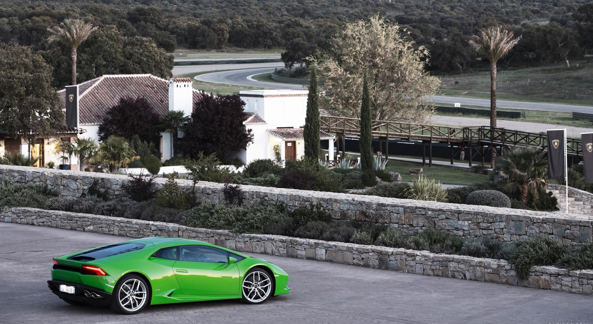 Lamborghini Huracan specification