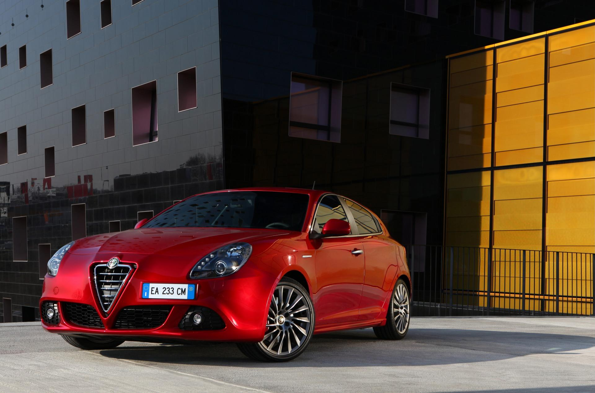 alfa romeo giulietta wallpaper car - HD Desktop Wallpapers ...