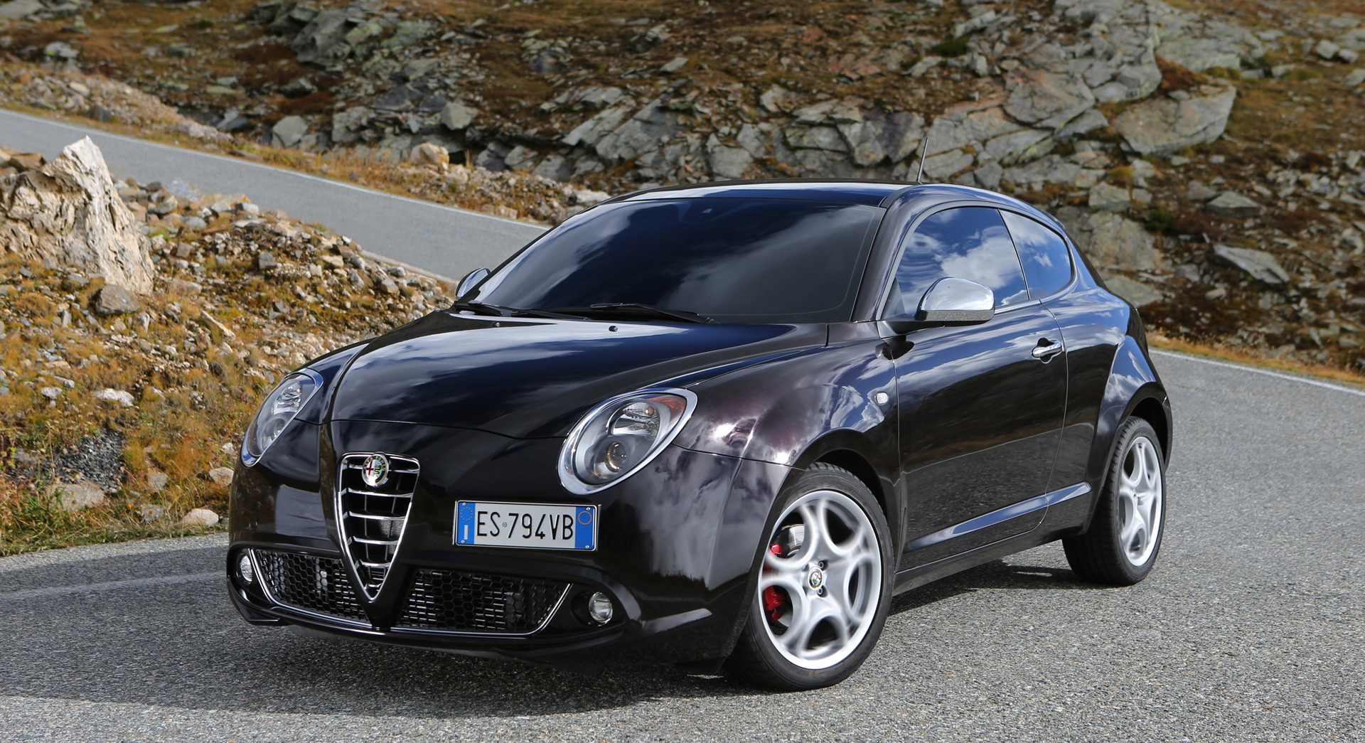 alfa romeo mito wallpaper black curves hd desktop. Black Bedroom Furniture Sets. Home Design Ideas