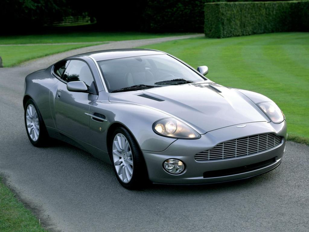 aston martin db7 grey