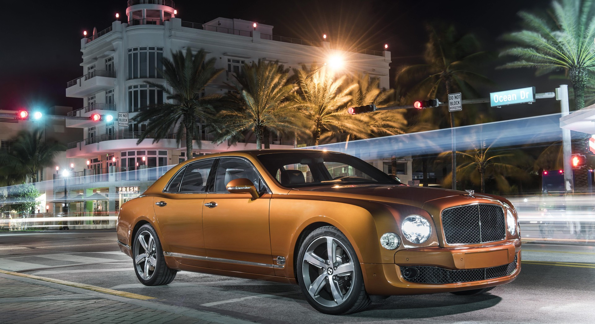 bentley mulsanne streets