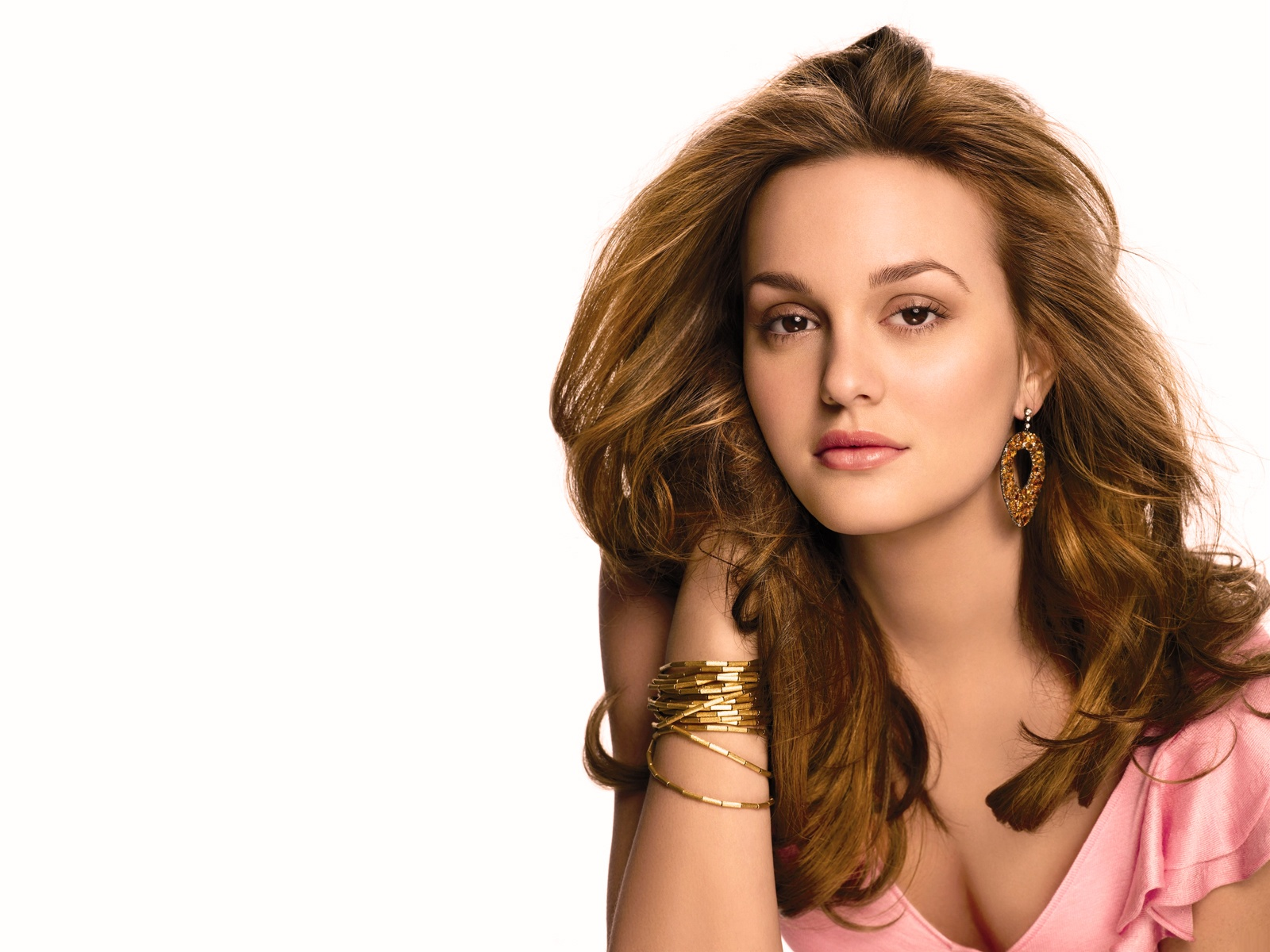 leighton meester wallpapers hd A3