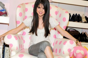 selena gomez wallpapers hd A11