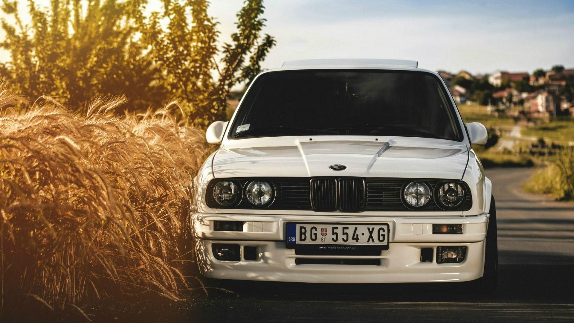 bmw e30 white