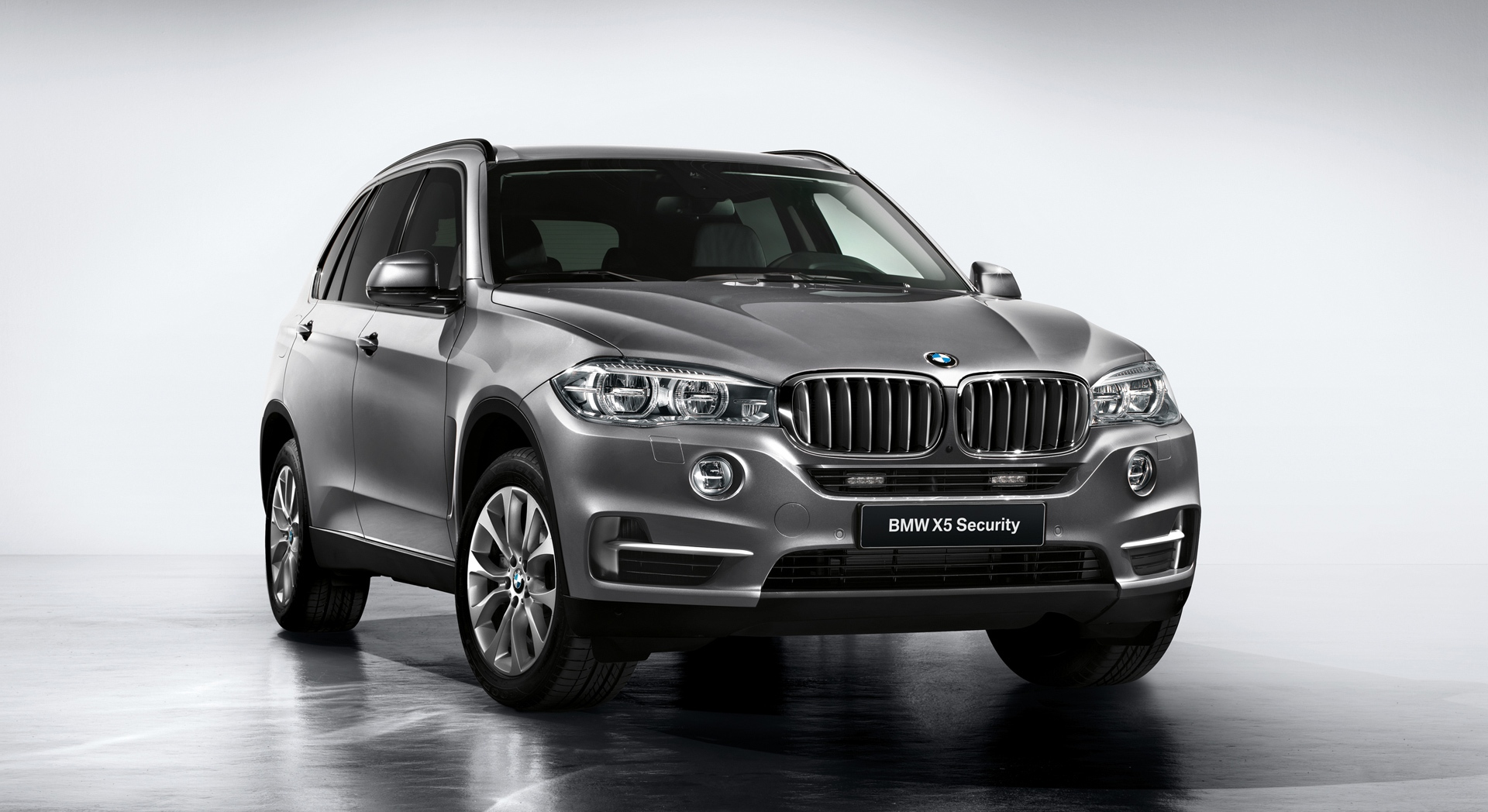 Bmw X5 Dimensions Bmw X5 M And X6 M Launched Pricing Specifications And Sales Photos 1 Of 8