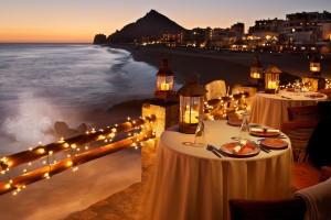 candlelight dinner romantic