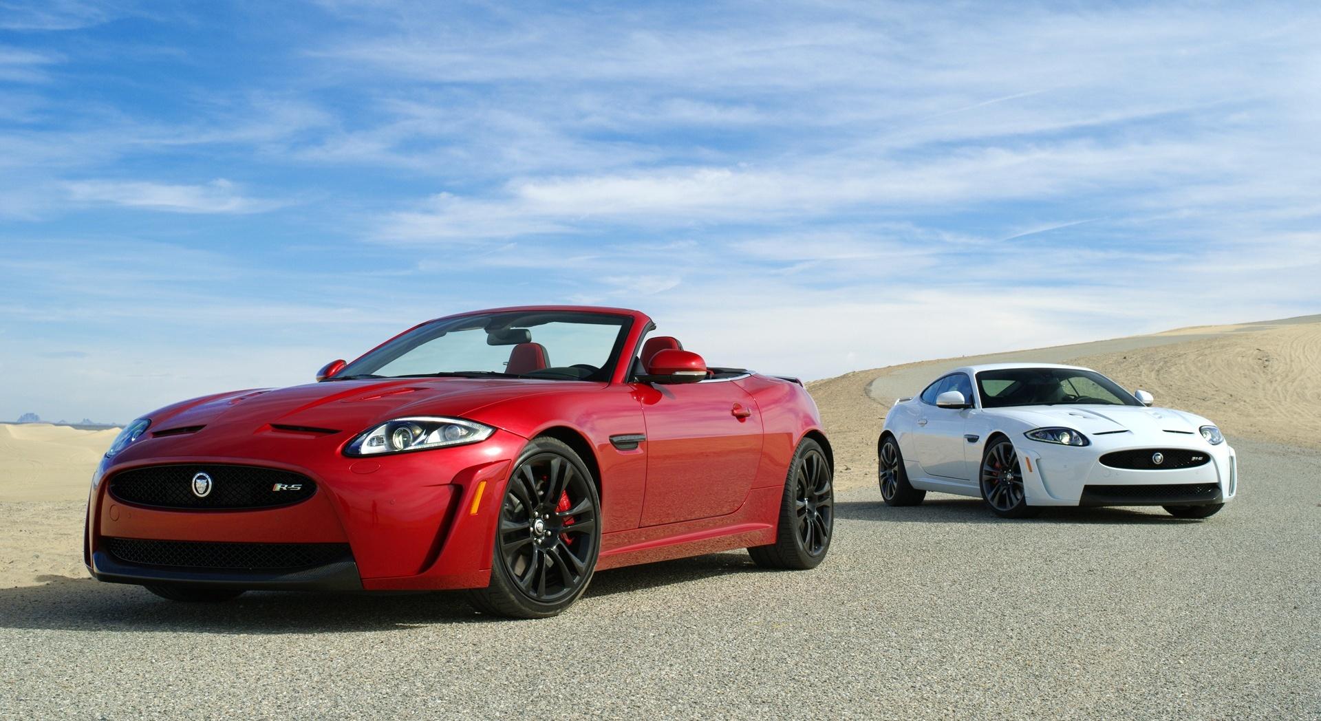 jaguar xkr white red