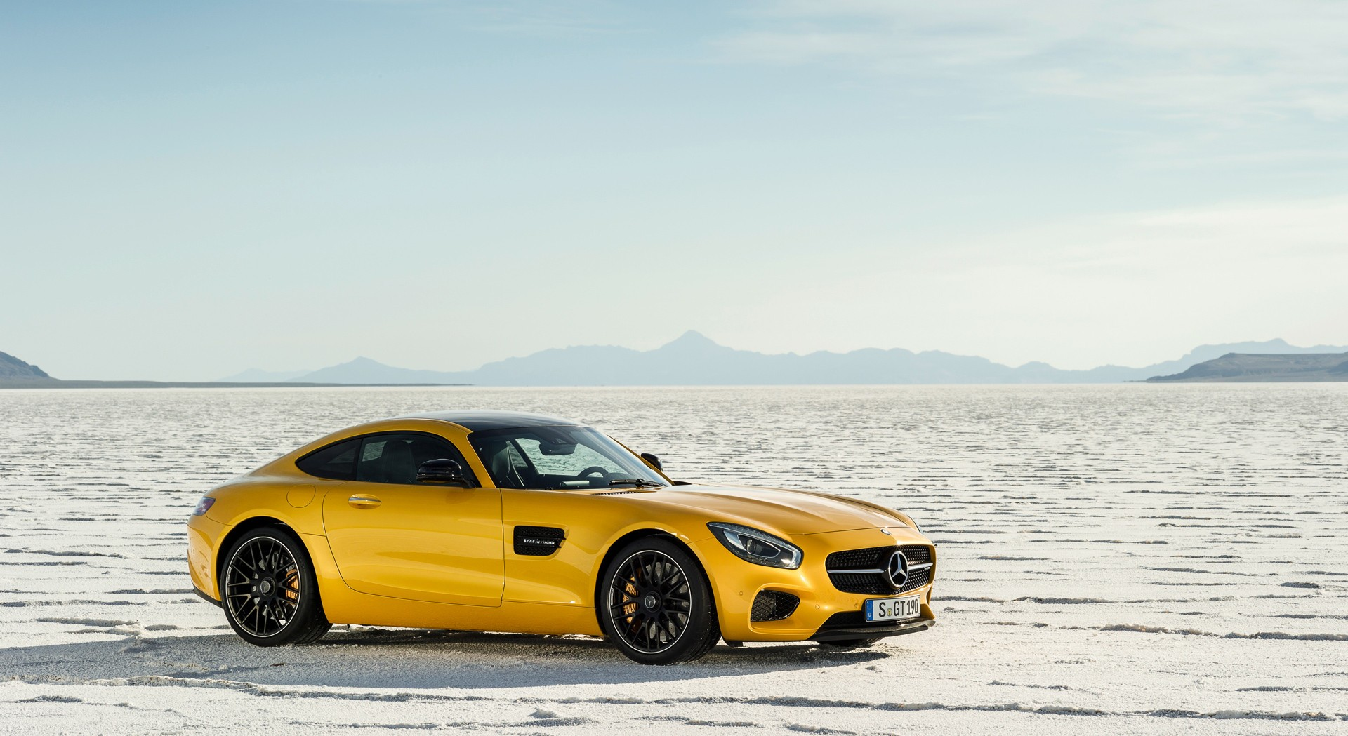 mercedes amg gt race car