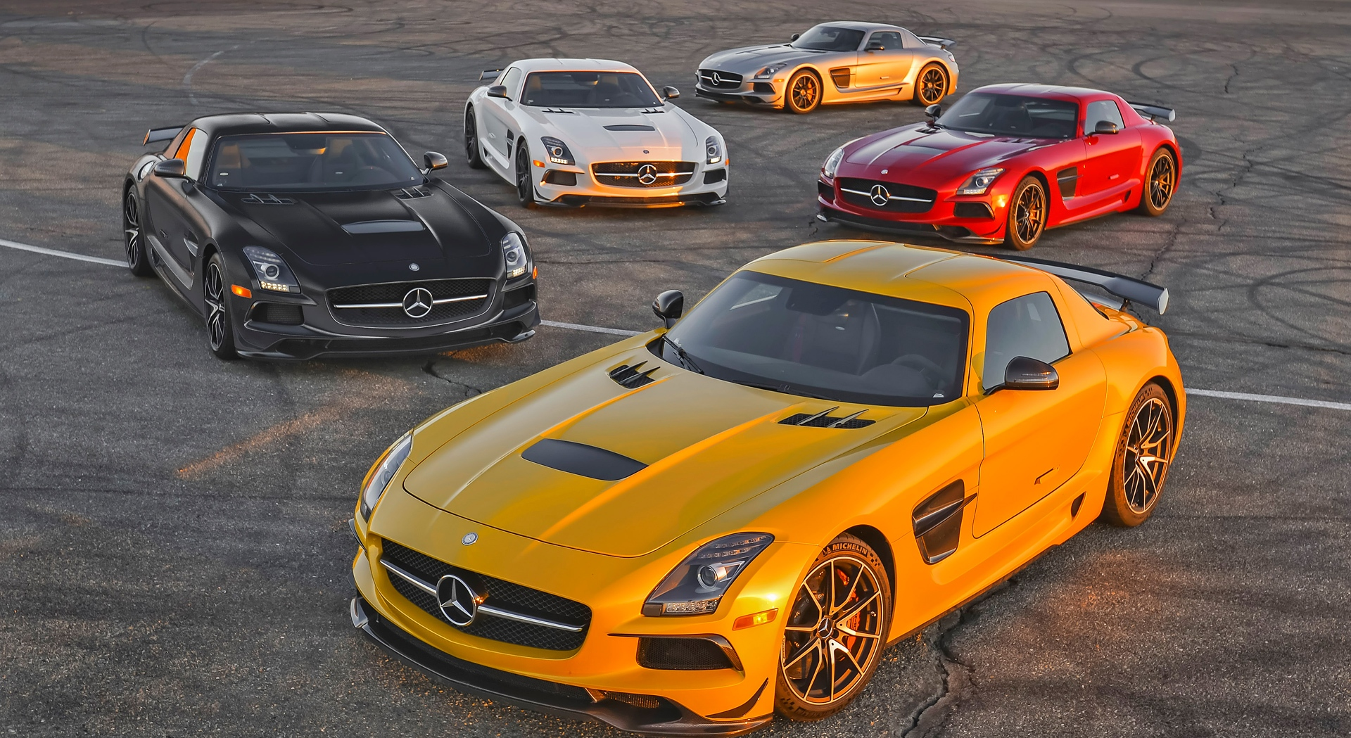mercedes benz sls amg video download with Mercedes Benz Sls Amg Car Collection on Most Viewed furthermore Mercedes Background 23531 in addition 593 2013 Mercedes Benz Sls Amg Gt 11 furthermore 1030519 besides Burj Al Arab Wallpapers.