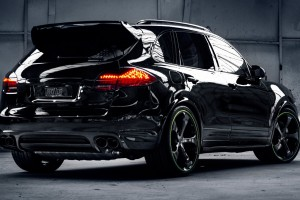 porsche cayenne black car