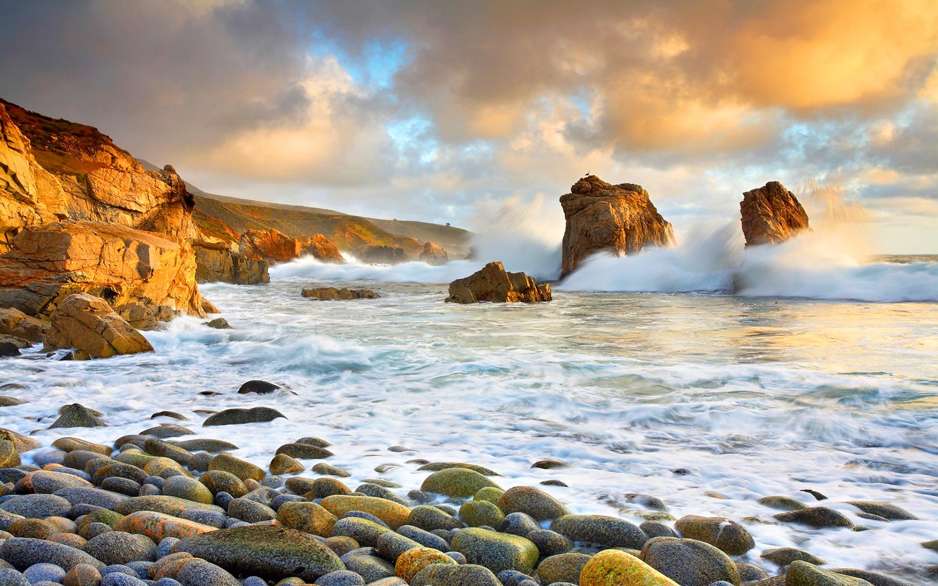crashing waves beach