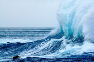 crashing waves wallpaper sea
