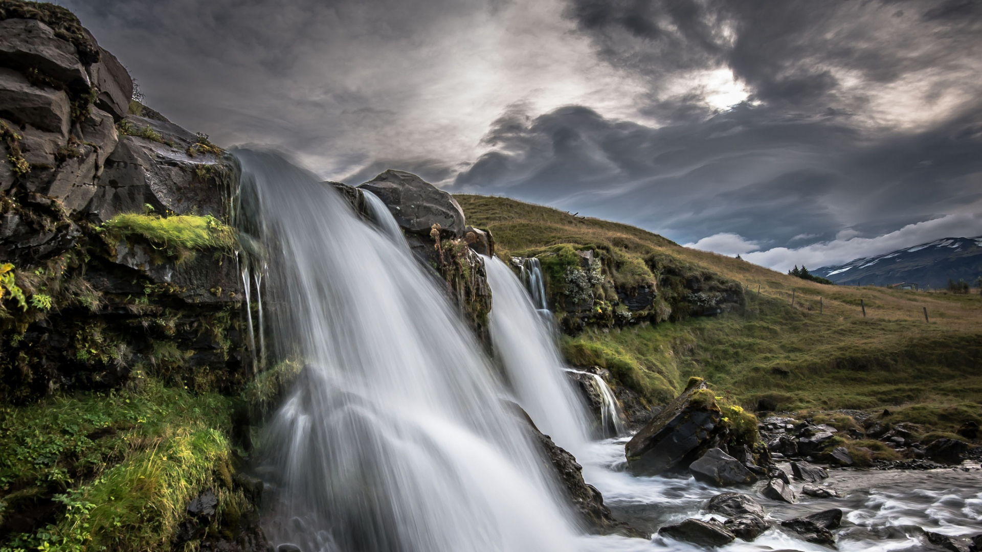 iceland wallpaper waterfall